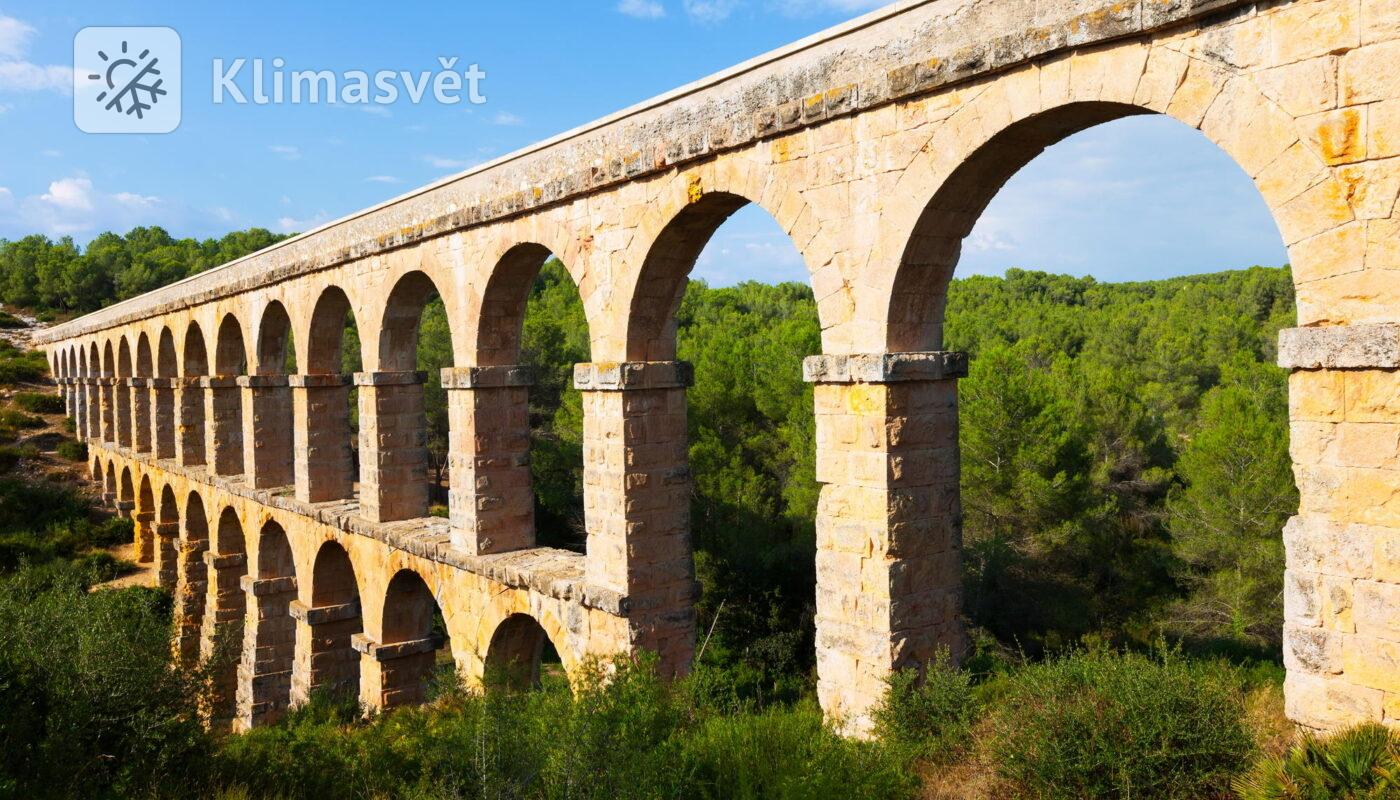 Vedlejší funkcí akvaduktů ve starém Římě bylo ochlazování budov.